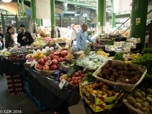 Shopping in London's Borough Market